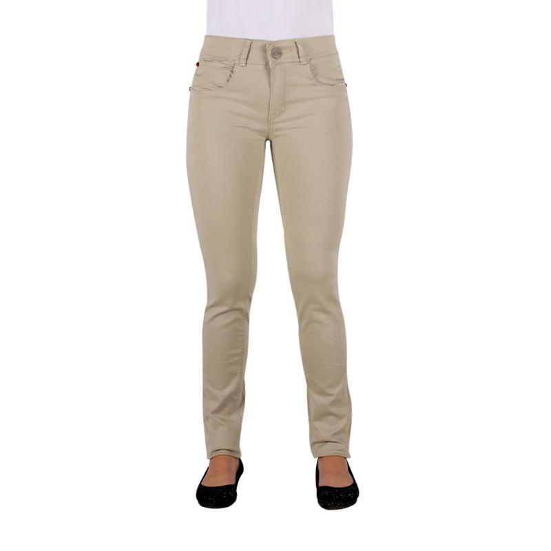 Estrena look con los pantalones para mujer de otoño invierno 18 de Bershka. Pantalones palazzo, chinos, de vestir, casual, anchos o skinny para acertar sí o sí!